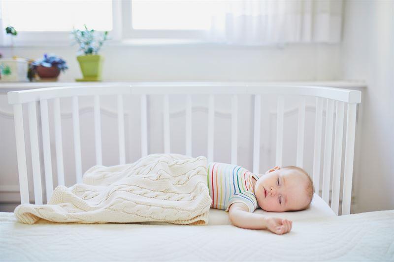 Jak dbać o bezpieczeństwo dziecka w domu?